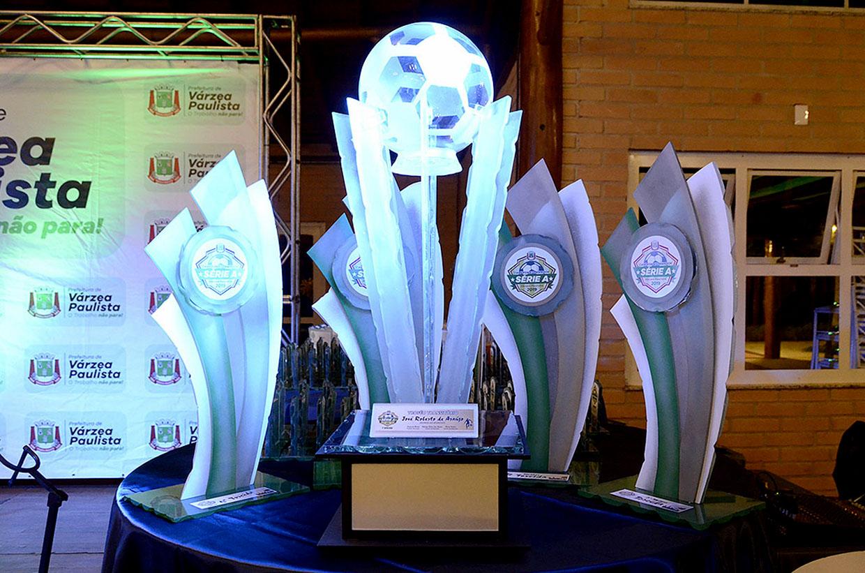 Premiação do Futebol Amador 2019 é marcada por grandes tributos