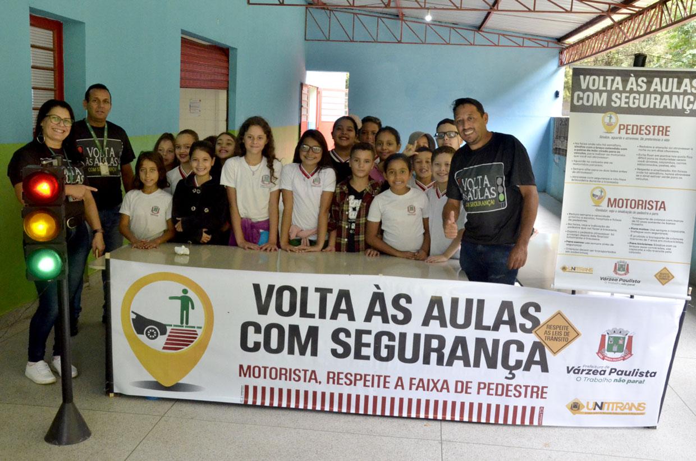 Alunos da Cemeb Wilfrido participam da palestra 'Volta às Aulas Com Segurança'