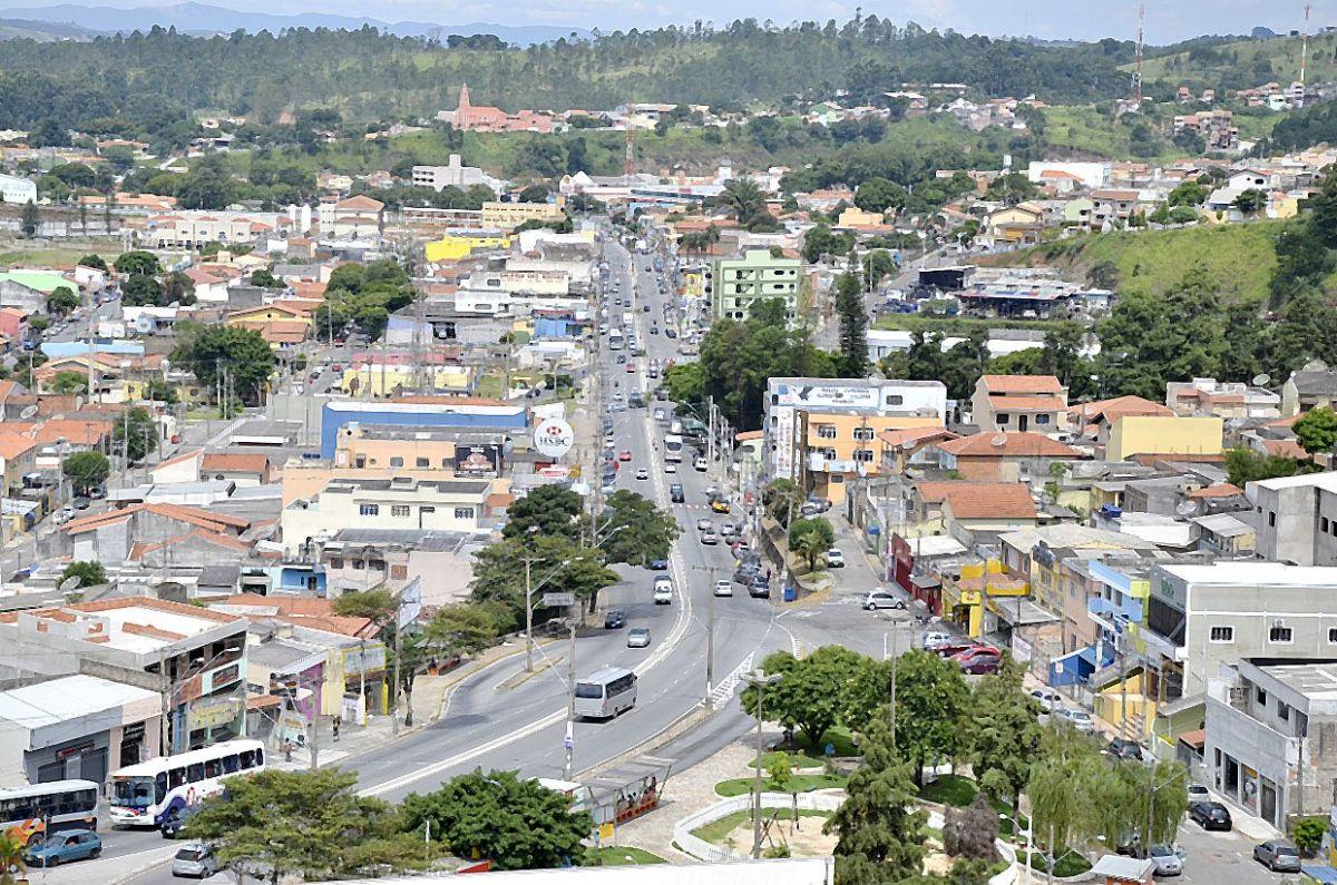 Várzea Paulista: shopping e comércio de rua funcionarão 6 horas por dia, com 20% da capacidade