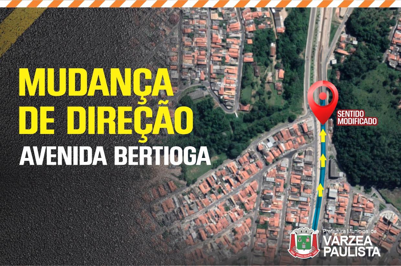 Mudança de direção na Avenida Bertioga