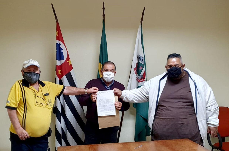 Prefeito recebe membros do Sindicato dos Servidores Públicos Municipais