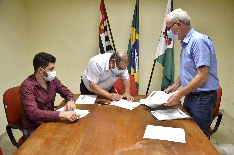 Prefeitura de Várzea Paulista contrata mais exames de saúde