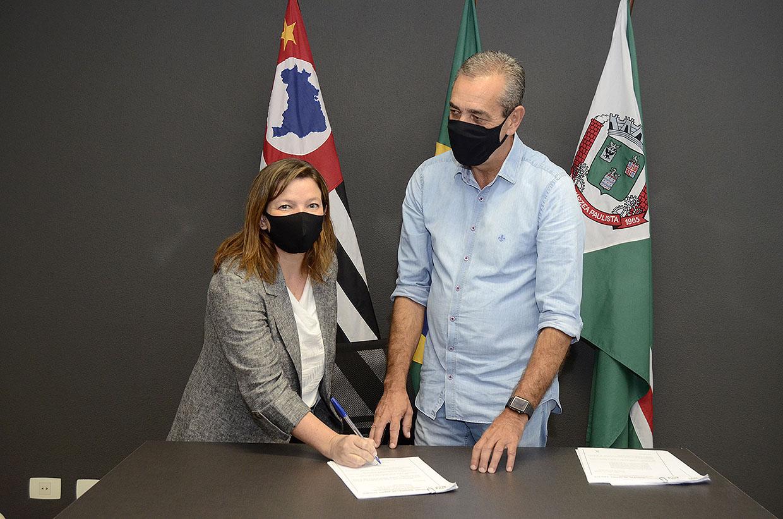 Prefeito professor Rodolfo nomeia procuradora geral do município