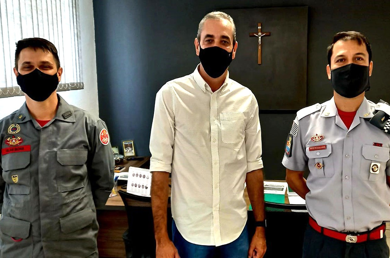 Professor Rodolfo recebe visita de membros do Corpo de Bombeiros da Polícia Militar do Estado de São Paulo