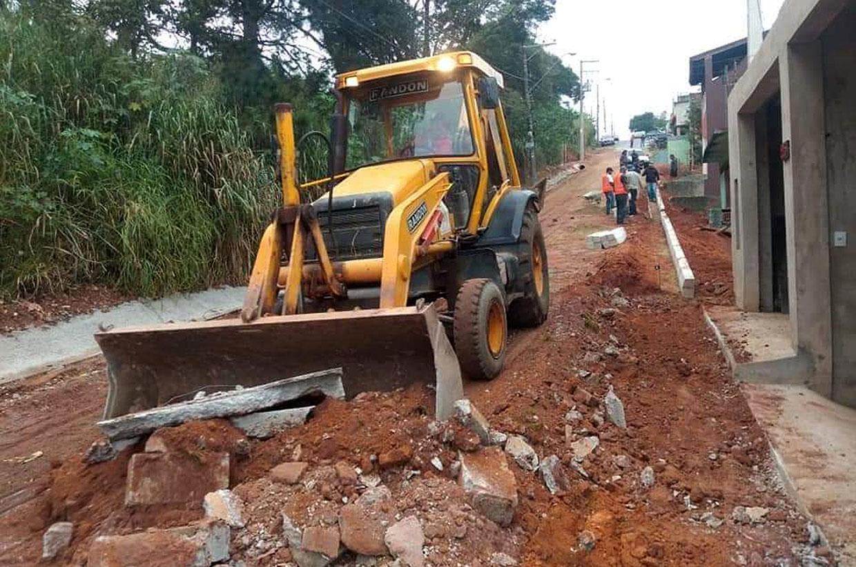 Rua Isidoro Cantídio do Nascimento ganha serviços de drenagem de águas das chuvas