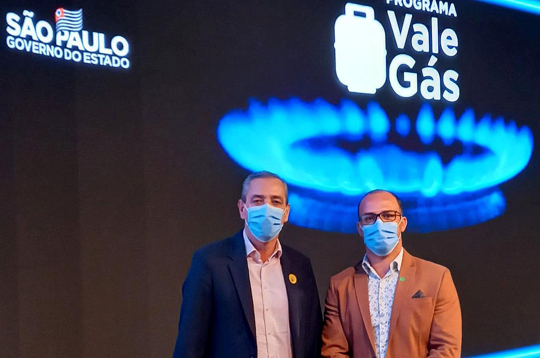 Prefeito Rodolfo participa do lançamento do programa 'Vale Gás'