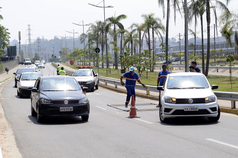 Várzea Paulista começa a instalar três novos redutores de velocidade
